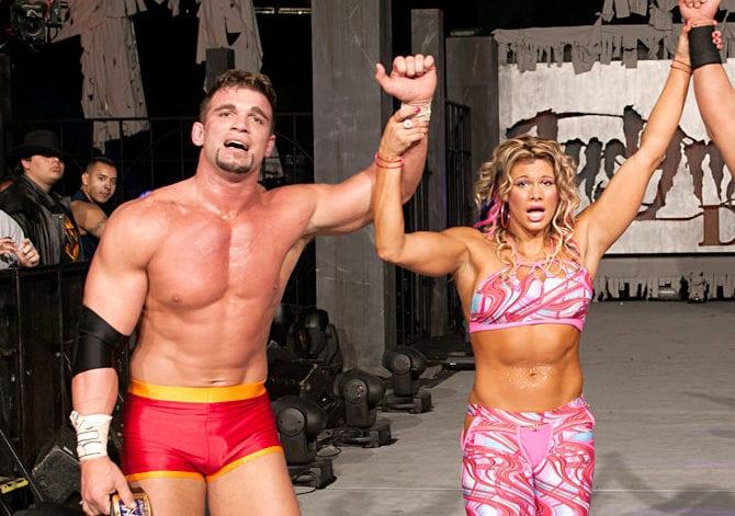 WWE-CHARLIE