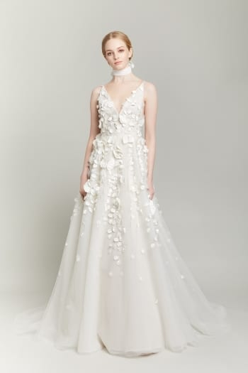 Top Wedding Dress Trends If You Re Getting Hitched In 2019