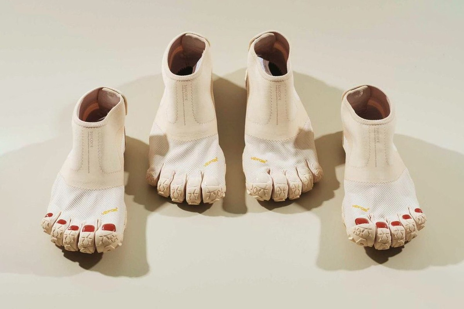 FiveFingers Shoes with painted toenails